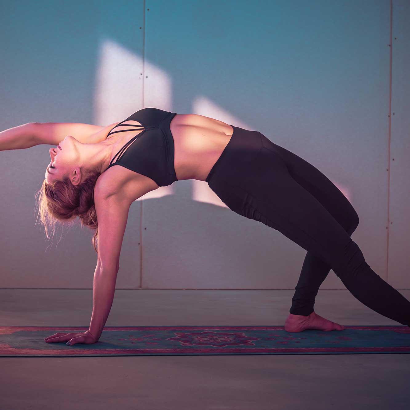 Joga a odchudzanie – czy na macie można schudnąć?